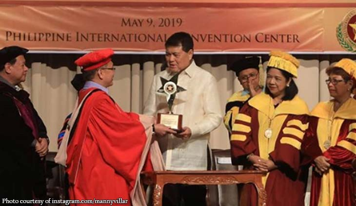 Manny Villar awarded as 'Tanglaw ng Bayan'